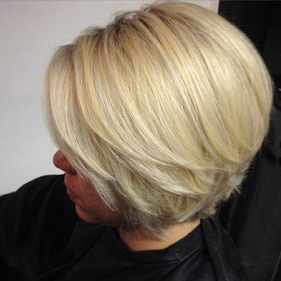 blonde-layered-bob-with-highlights